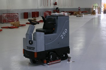 sweeper machines, rotary floor scrubber & polisher supplier | tomcat
